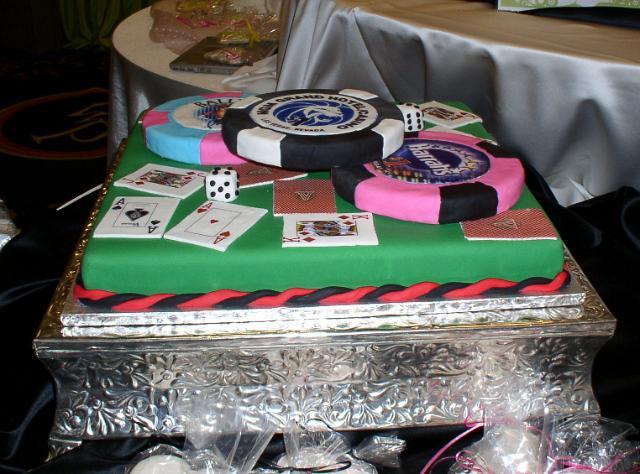 LAS VEGAS GROOMS CAKE