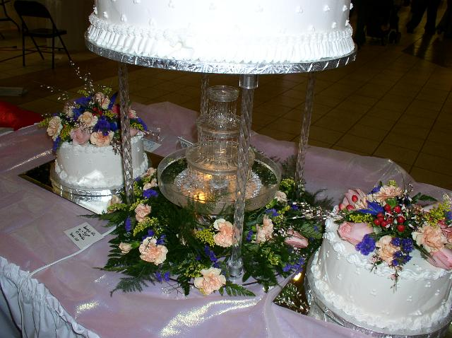 Bonnie Belles Pastries Wedding Cakes Fountain And Flowers