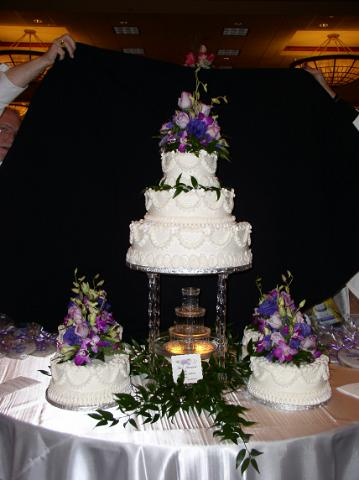 Bonnie Belles Pastries Wedding Cakes Fountain Cake 3 Tier And Sides